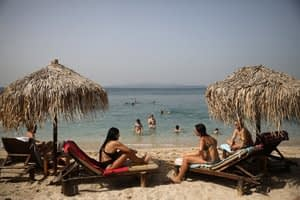 Greece at the vanguard of cautious tourism reopening