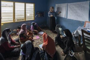 For female refugees in Malaysia, can literacy open new doors?