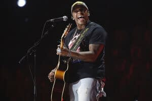 Soul search: Country music artists challenge racial barriers